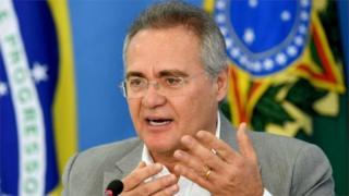 Renan Calheiros en una conferencia de prensa, en noviembre