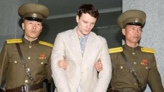 นายออตโต วอร์มเบียร์ นักศึกษาวัย 22 ปีถูกจับที่เกาหลีเหนือ