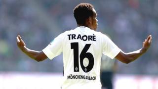 L'international de 29 ans était sous contrat jusqu'à fin 2018. En trois saisons avec le club rhénan, il a joué 87 matches et marqué 13 buts.