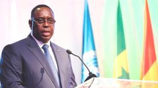 """Dakar s'est dit solidaire des pays de la péninsule arabique et de l'Egypte qui ont rompu leurs relations diplomatiques avec Doha en l'accusant de """"soutien au terrorisme""""."""
