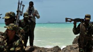 وصلت أعمال القرصنة إلى ذروتها في عام 2011 قبل أن تنخفض بفضل الدوريات البحرية للاتحاد الأوروبي