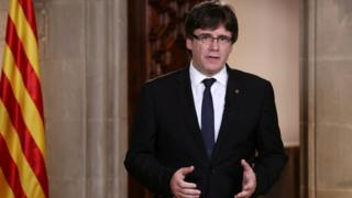 Catalan Regional President Puigdemont makes an statement at Generalitat Palace in Barcelona (4 October)