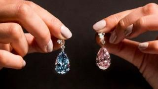 The pear shaped diamonds, nicknamed Apollo and Artemis