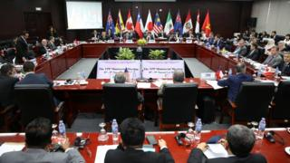 Trade ministers and delegates from the remaining members of the Trans Pacific Partnership (TPP) attend the TPP Ministerial Meeting during Apec 2017