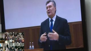 Янукович по видеосвязи
