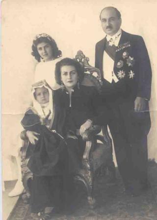 Fahrelnissa Zeid ikinci eşi Prens Emir ve çocuklarıyla