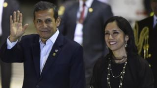 Ollanta Humala and Nadine Heredia arrive for the Business Forum, within the X Pacific Alliance Summit, in Paracas, 250 km south of Lima, on July 2, 2015.