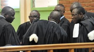 Les magistrats et le personnel judiciaire burkinabè observent une grève depuis.