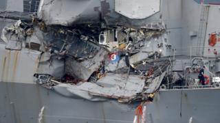 被撞的菲兹杰拉德号停泊于日本横须贺美国舰队基地(18/6/2017)