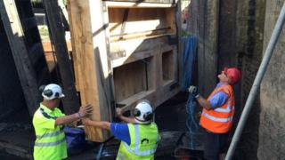 Camden Lock gates repair