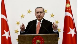 Cumhurbaşkanı Erdoğan konuşuyor.