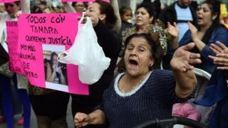 İspanya'da hükümetler bir kadının yakılarak öldürüldüğü 1997'den beri kadına karşı şiddete çözüm arıyorlardı