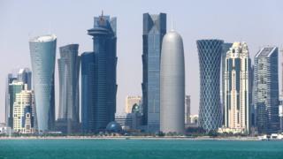 UAEはカタールの外交官に48時間以内の国外退去を求めたほか、カタールに駐在するUAEの外交官らにも同様に帰国を命じた(写真はカタールの首都ドーハ)