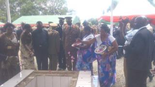 Liyetona Koloneli Darius Ikurakure yashyinguwe mu cyubahiro