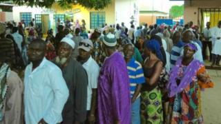 Raia wa Gambia wapiga kura