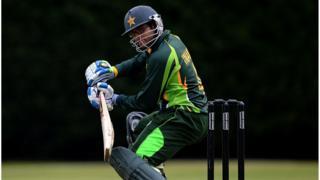 اکیس سالہ امام الحق دو بار انڈر19 ورلڈ کپ میں پاکستان کی طرف سے کھیل چکے ہیں۔