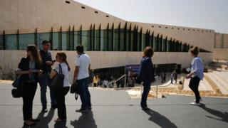 Journalists visit the new Palestinian Museum in Birzeit (17 May 2016)