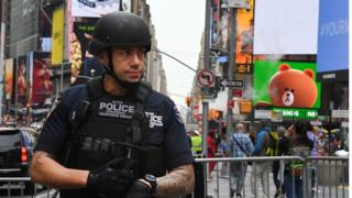 New York Police Department (NYPD) Counterterrorism units patrol Times Square in New York City (23 May 2017)