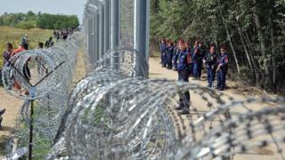 Забор на южной границе Венгрии