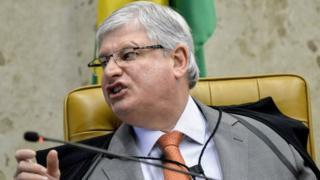 Brazil's General Prosecutor Rodrigo Janot speaks during a session of the Supreme Court, in Brasilia, Brazil, 05 May 2015