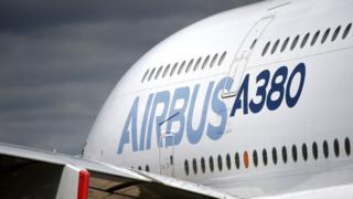 ایرباس از کاهش علاقه شرکتهای هواپیمایی به سفارش ایرباس ای380 نگران است