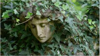 Cherub in Highgate Cemetery