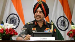 भारत के डायरेक्टर जेनरल ऑफ़ मिलिट्री ऑपरेशन्स (डीजीएमओ) लेफ़्टिनेंट जेनरल रणबीर सिंह