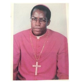 Son véhicule a été retrouvé mercredi sur le pont du fleuve Sanaga à environ 80 km de Yaoundé, la capitale administrative.