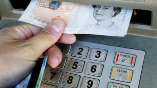 Banks should cap overdraft fees, says competition watchdog ...