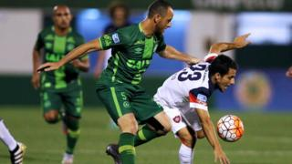 Sebastian Blanco of San Lorenzo and Josimar of Chapecoense in action on 23 November