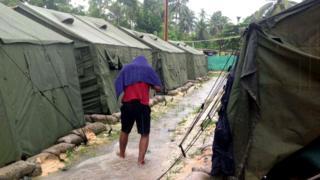 Inkambi ipfunze impunzi muri Papua New Guinea