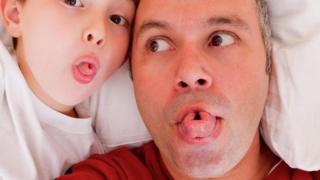 父子一起捲舌