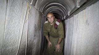 Солдат в тоннеле