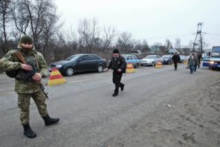 У Мінську домовилися продовжити роботу пунтктів пропуску із 1 квітня