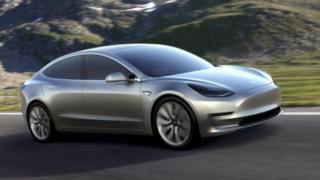 Tesla sürücüsüz araç