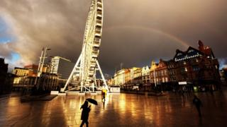 радуга над колесом обозрения в Ноттингэме