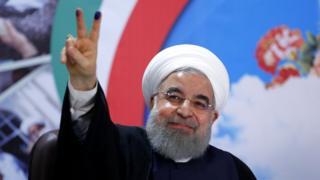 آقای روحانی بعد از ثبت نام
