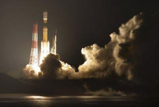 """發射約15分鐘後,""""鸛""""號貨運飛船與火箭成功分離,進入預定軌道,預計將於13日夜間至14日清晨與國際空間站對接。"""