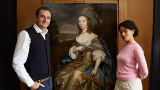 Bendor Grosvenor, Emma Dabiri (L-R) with mural of Countess of Carbery
