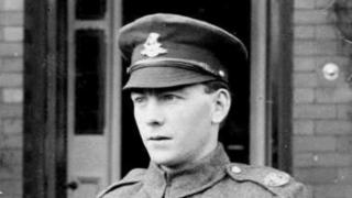 Sgt Arnold Loosemore of Sheffield