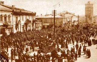 1917 року першотравневі мітинги відбулися на головних вулицях усіх міст і містечок України. Зокрема, в Бердичеві