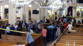 يعيد التفجيران جدلا كان قد انطلق عقب تفجير مشابه طال كنيسة البطرسية في ديسمبر/ كانون الأول من العام الماضي
