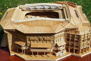 Toothpick replica of Wimbledon