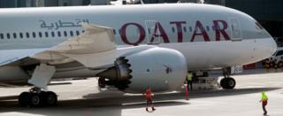Qətər təyyarəsi Doha aeroportunda