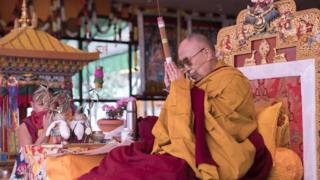 Dalai Lama, Tibet, Cina