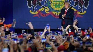 آقای ترامپ روز شنبه در تجمعی سیاسی در پنسیلوانیا شرکت کرد
