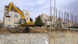 Makaazi ya Israel yaliojengwa katika ardhi inayomilikiwa na Palestina katika eneo la West Bank