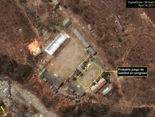 Toma aérea del centro de pruebas nucleares