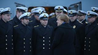 Angela Merkel e marinha
