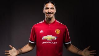 Zlatan Ibrahimovic le 24 août après la signature du contrat avec Manchester United